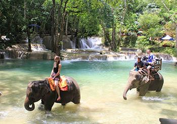 Luang Phrabang Family Tour