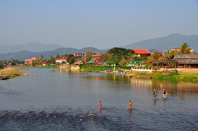Vang Vieng Travel